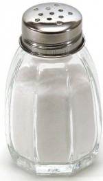 1024px-Salt_shaker_on_white_background